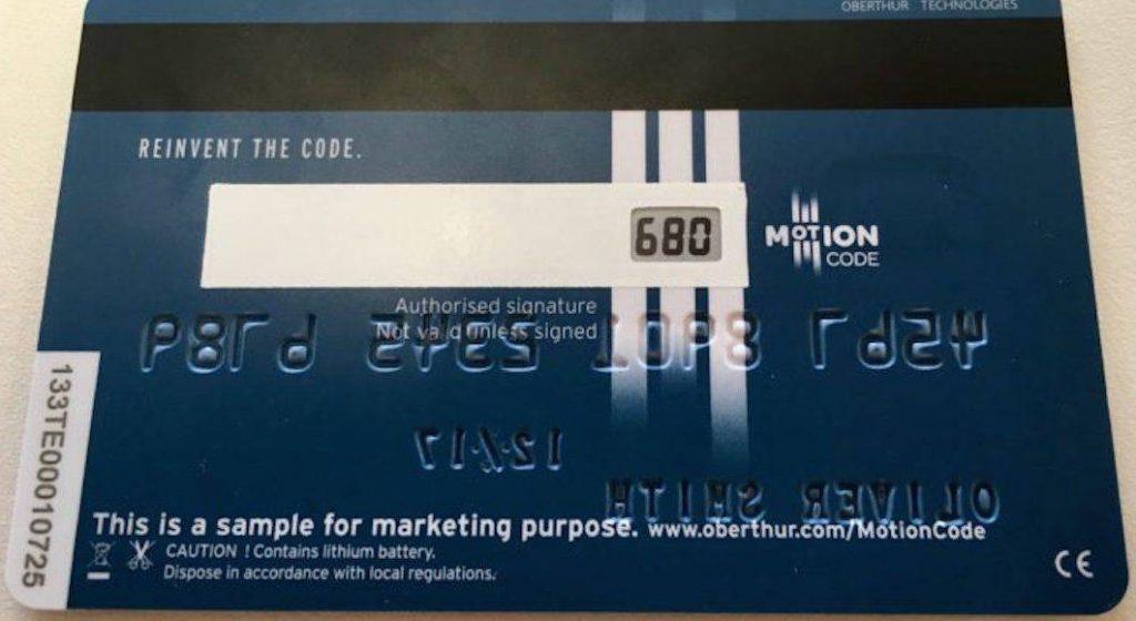 motioncode-tarjeta-de-credito-y-debito-que-cambia-tu-codigo-de-seguridad-automaticamente-02